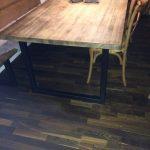 azuolinis-stalas